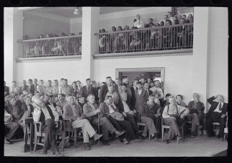 A PACKED COURTROOM. This photo relates to the story because it is a packed  courtroom like the Maycomb courtroom in Tom Rob…   Photo, Historical  photos, Picture show