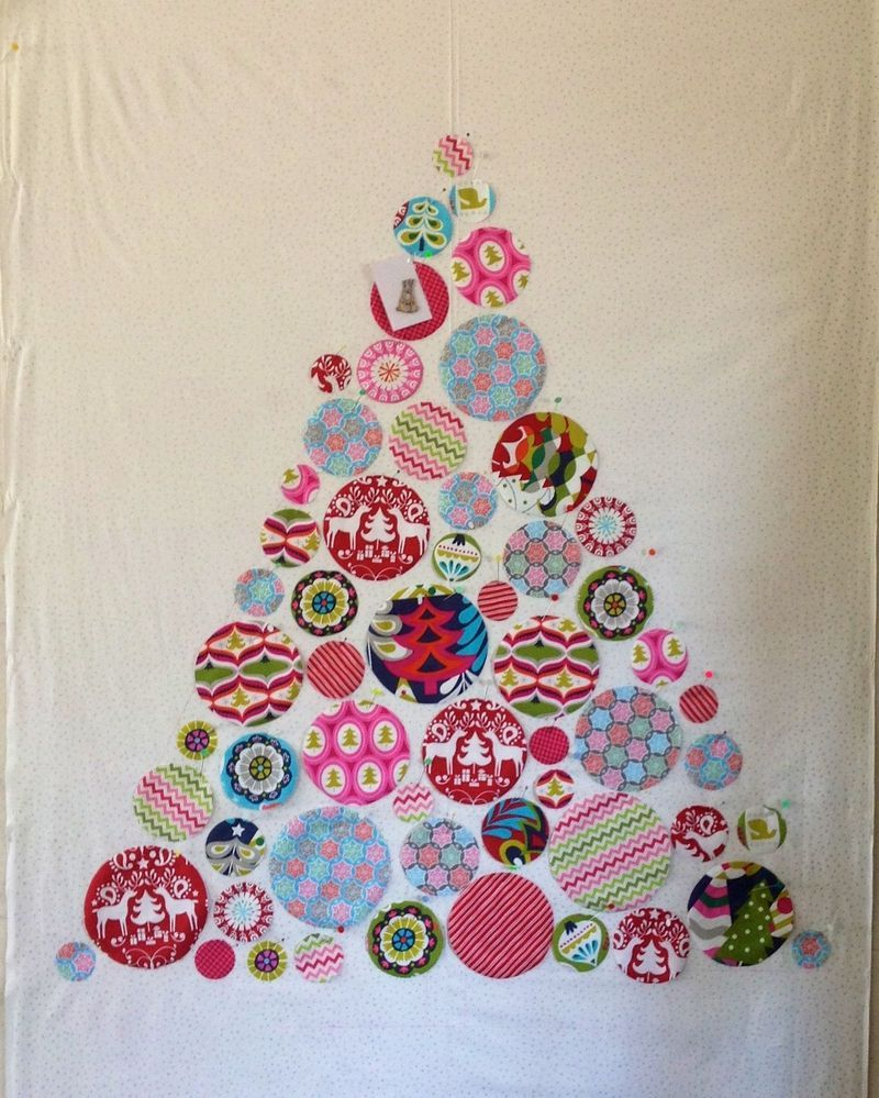 Circle christmas tree quilt maybe for all my random