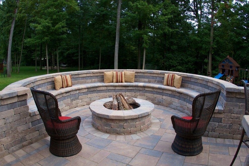 Dazzling brick fire pit trend columbus traditional patio for Small deck seating ideas