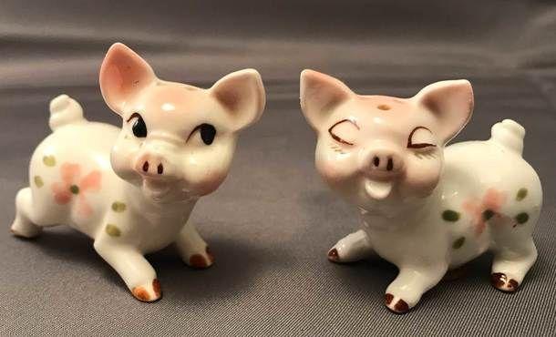 Vintage Tokai Of Japan Tiny Cute Bone China Pig Salt Pepper Shakers 1960s