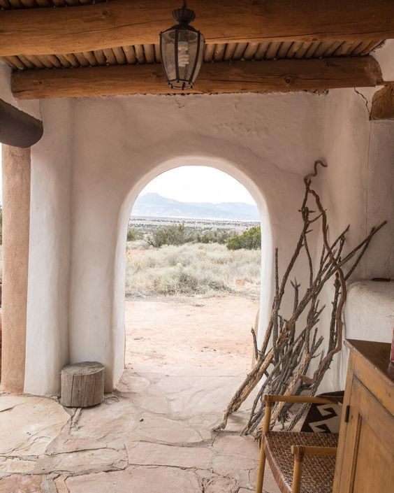 Daily Discoveries But What Should I Wear New Mexico Homes Santa Fe Home Desert Homes