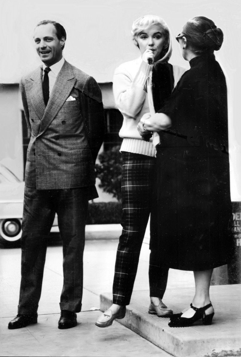 Stephane Groueff, Marilyn Monroe and Paula Strasberg ...