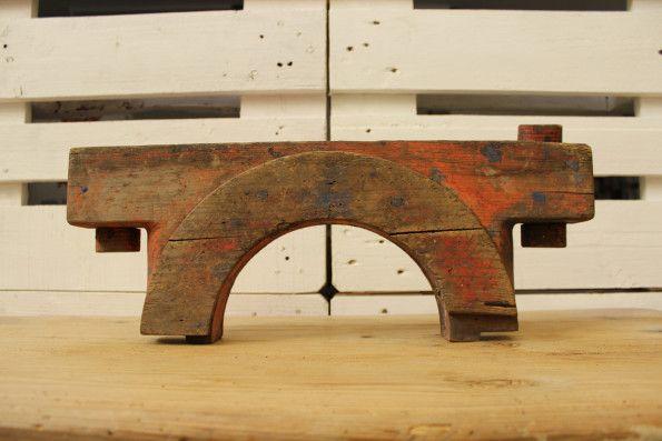Molde decorativo en madera 60,00 € Molde negativo en madera para ojo de buey o ventana de barco.