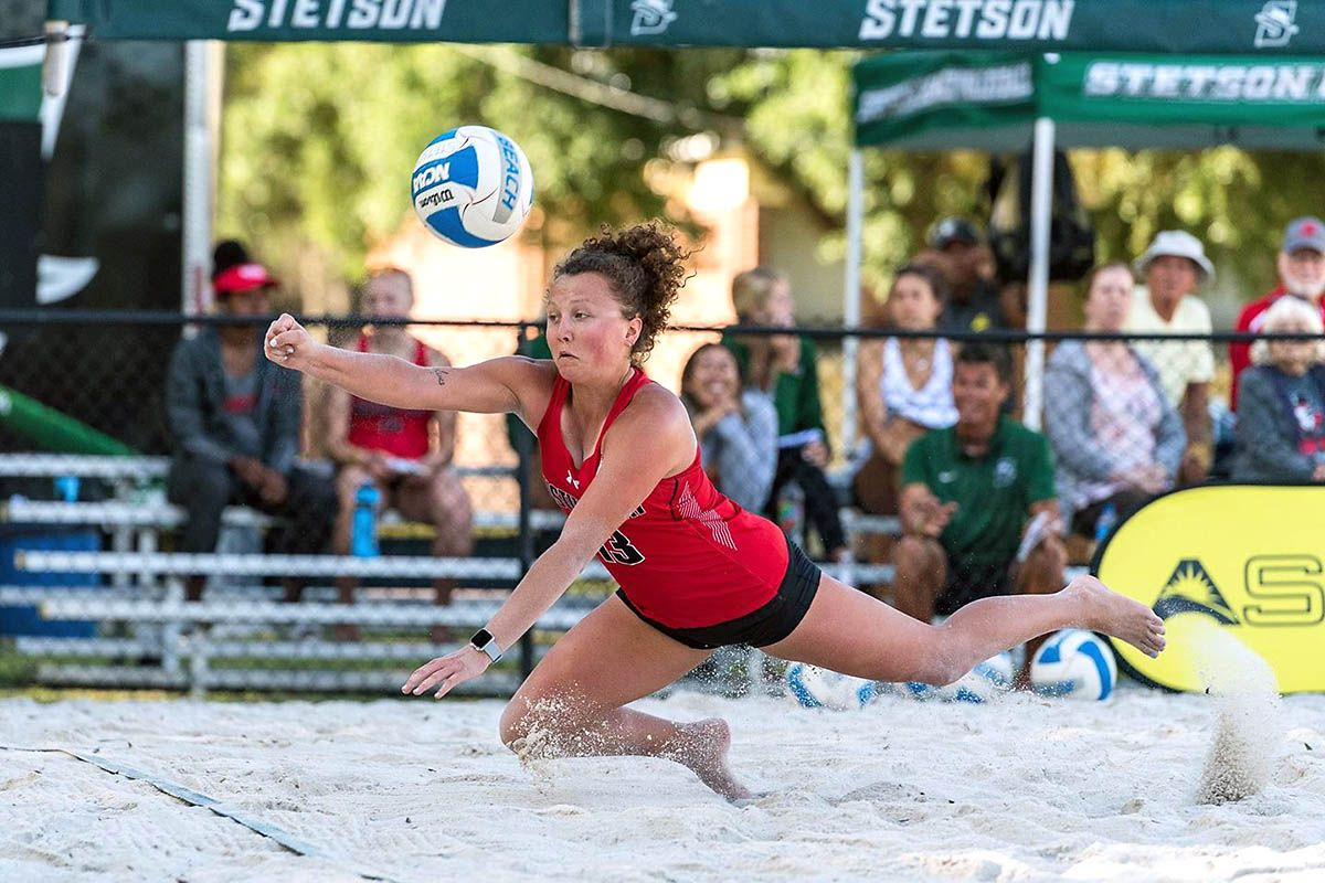 Apsu Beach Volleyball Loses To Coastal Carolina In First Match Of Asun Tournament Clarksville Tn Online Coastal Carolina Beach Volleyball Tournaments
