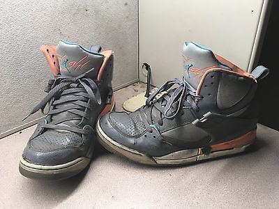 pretty nice fe7c7 41160 Men s Used Jordan Flight Basketball Shoes Size 10.5 Trashed Worn