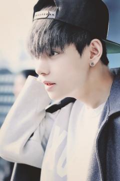 Mr Playboy (Kim taehyung BTS fan fic) - 17  First Love