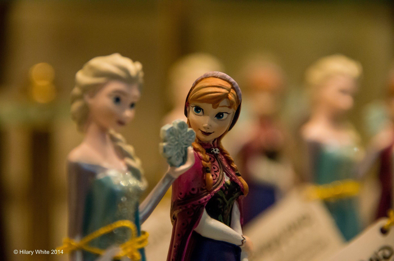 Frozen figurines @ Disneyland Paris