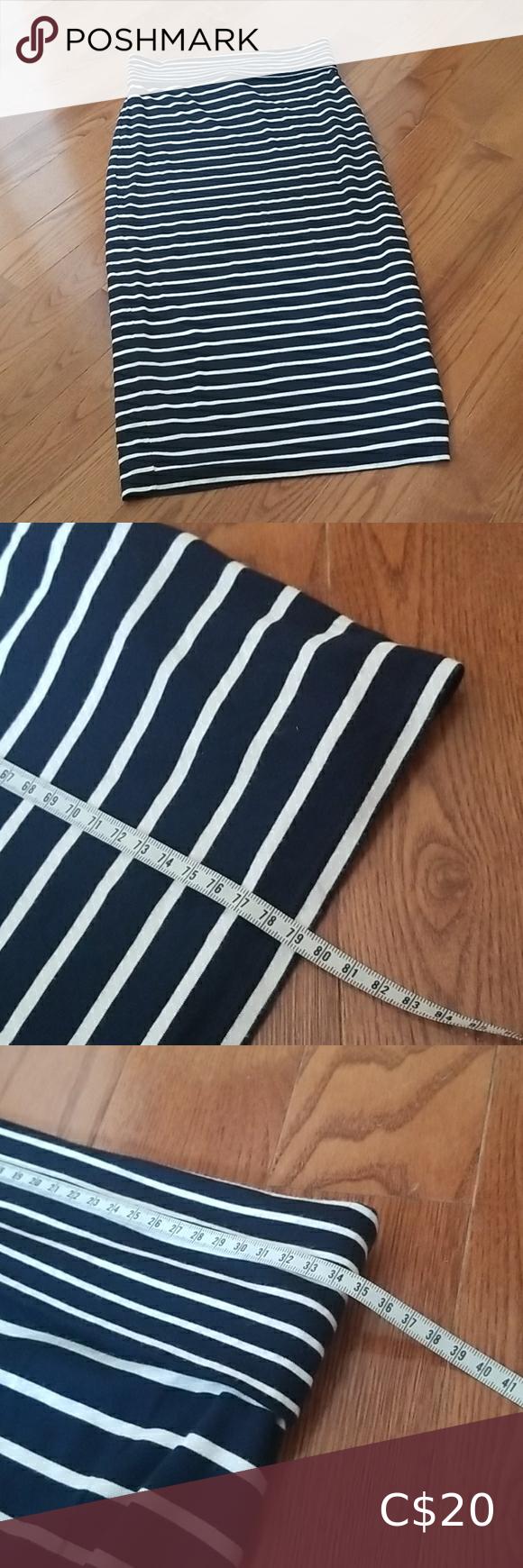 😃3 for 20😃 Navy Striped Skirt