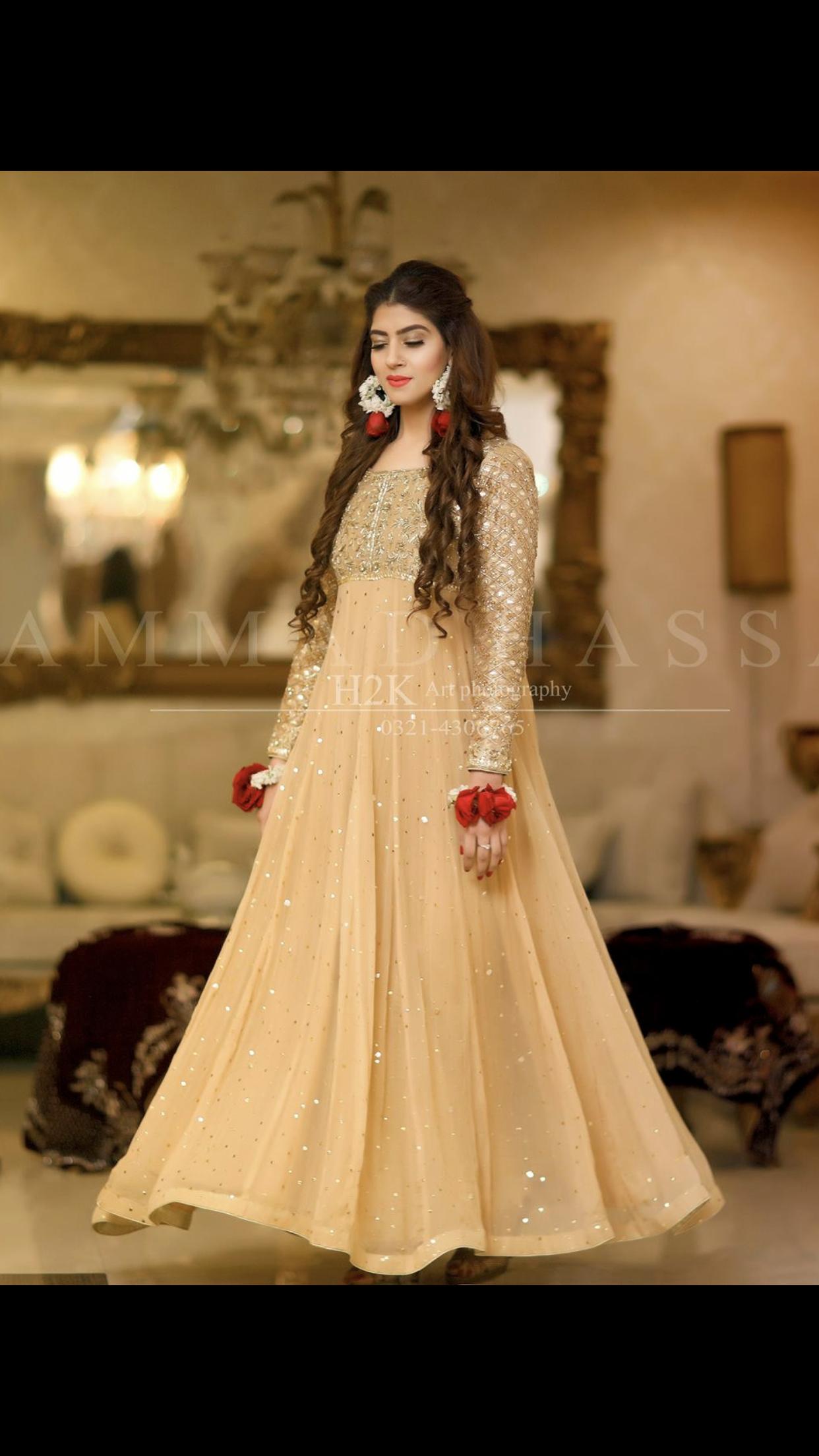 433c836b46 Pin by zzeba nai on Designers in 2019 | Mayon dresses, Pakistani ...