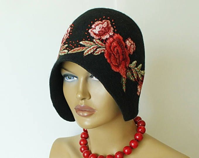 28c6cb4b306 Black hat decorated with rose motif Felted hat Felt hat Cap felted 1920s hat  Merino wool