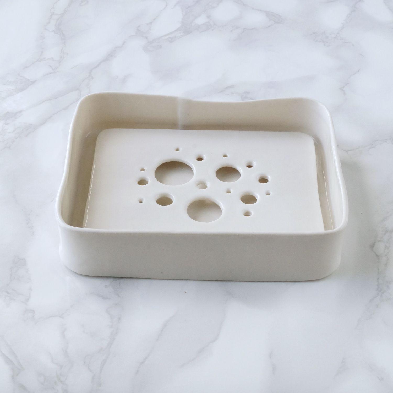 White Porcelain Soap Dish And Drip Tray Set Vanillakiln Soapdish Ceramic Porcelain Bubbleholes Ceramic Soap Dish Dish Soap Ceramic Set