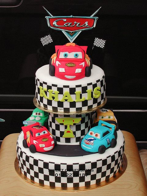 Pixar Cars Theme Cake Cakes And Cupcakes For Kids Birthday Party