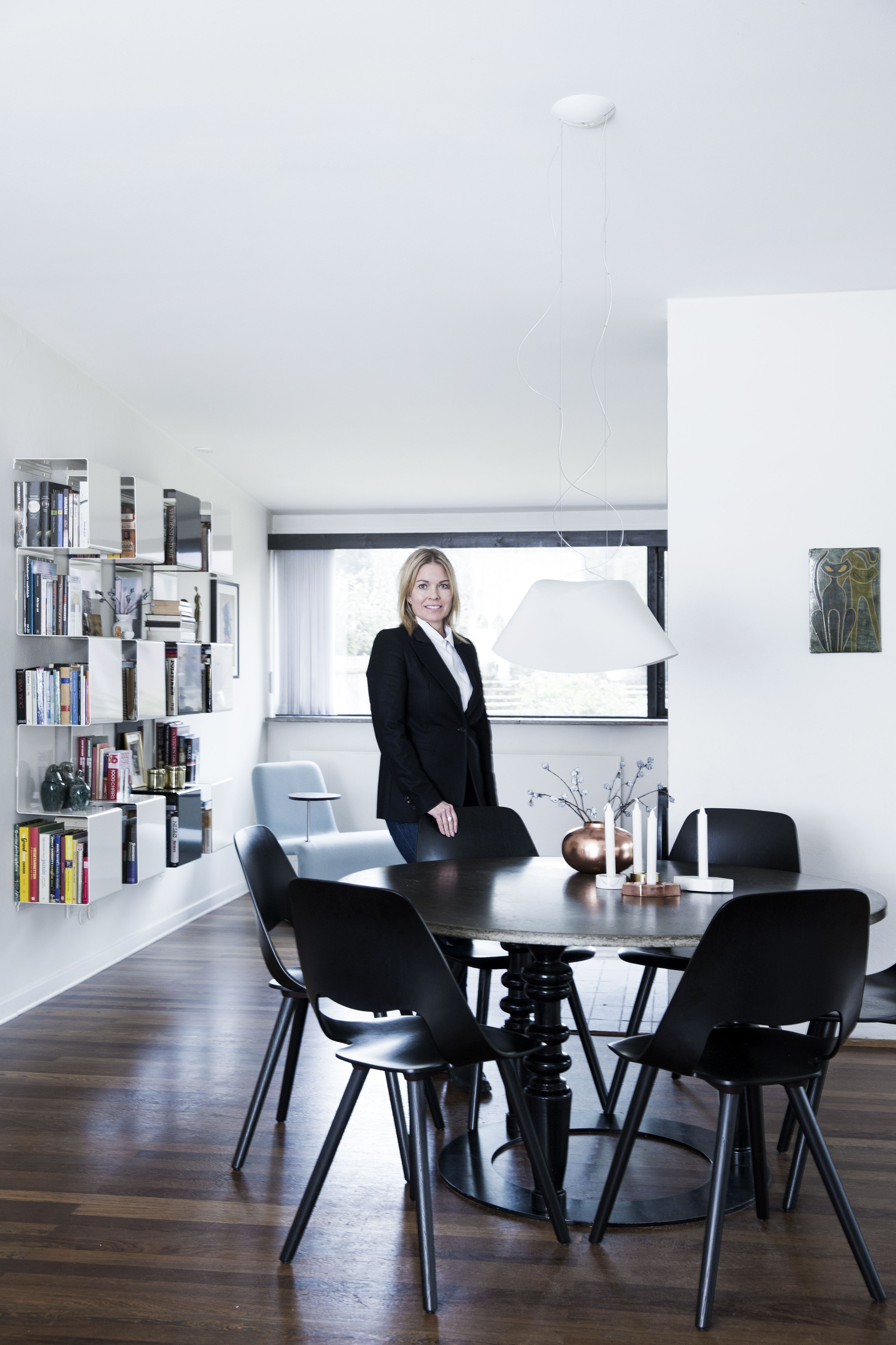 Anne Linde at home Photo by Tia Borgsmidt