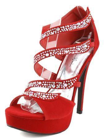 8439c3c983d59 Atrévete a usar zapatos de tacón rojo para tu Quinceañera