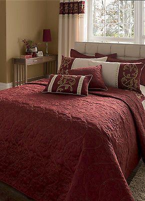 Best Luxury Deep Red Bedspread Decorative Throw King 640 x 480