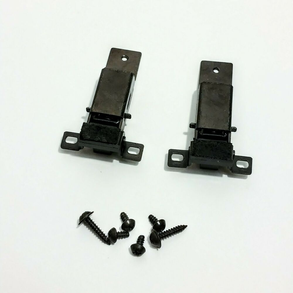 Sato Parts # SL-4000-AP-3P, 3 Female Pin Screwless