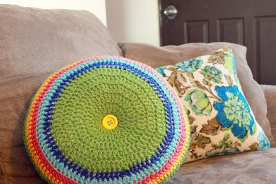 """Easy Striped (16"""") Round Pillow Crochet Pattern"""