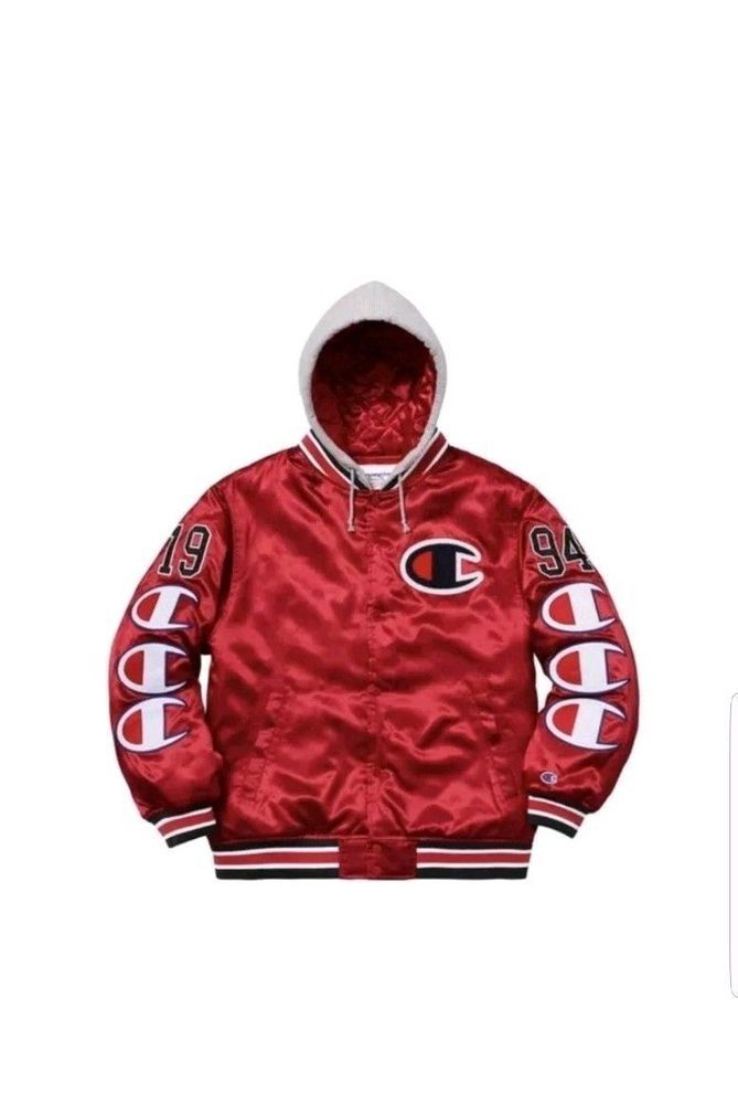 köp billigt nytt koncept New York Supreme/Champion Hooded Satin Varsity Jacket Red FW18 - XL ...