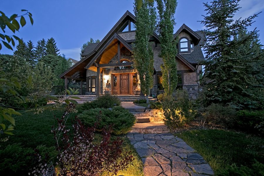 Mansion Dream House Calgary Chalet 1125 Sydenham Road SW Mount Royal