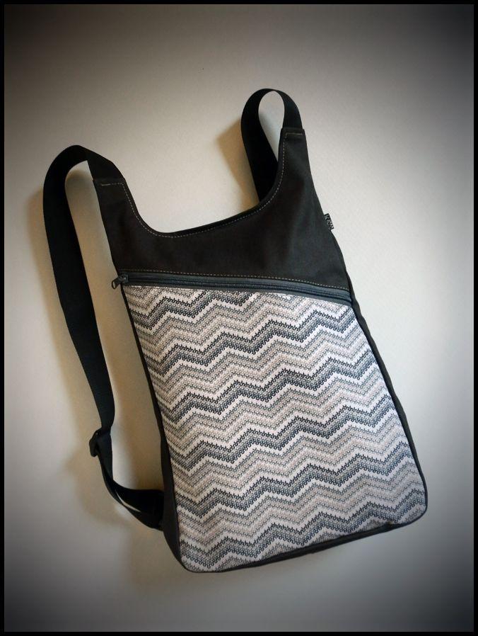 282125981 Blog catálogo de los bolsos, mochilas y riñoneras de la marca k1000 ...
