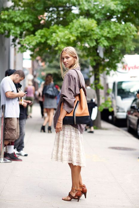 Lace skirt, borrow your boyfriend's shirt.