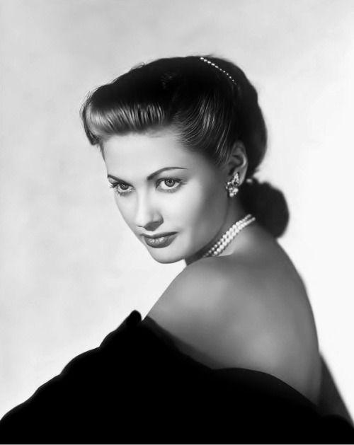 Yvonne de Carlo 1947