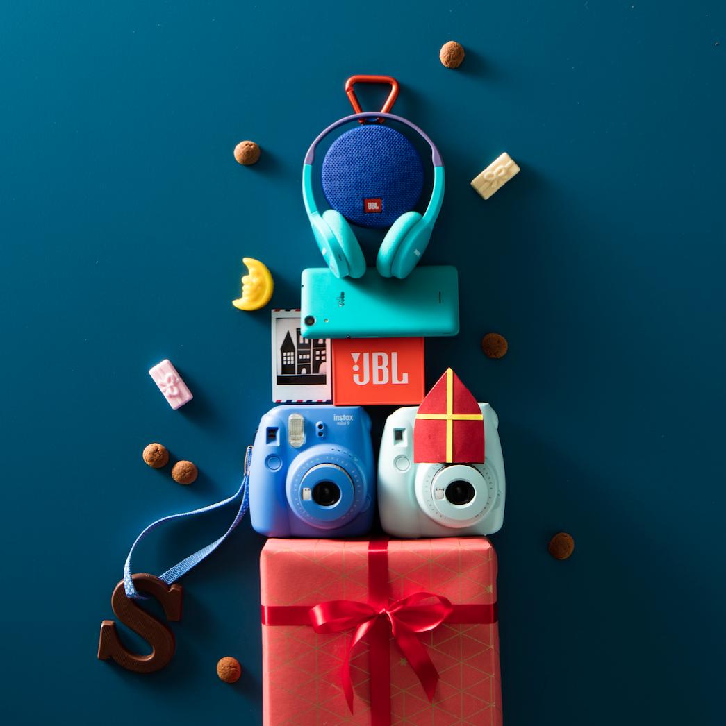 #wehkamp #UBL #sinterklaas #instax #koptelefoon #fujifilm #mini9 #kerstboomversieringen2019