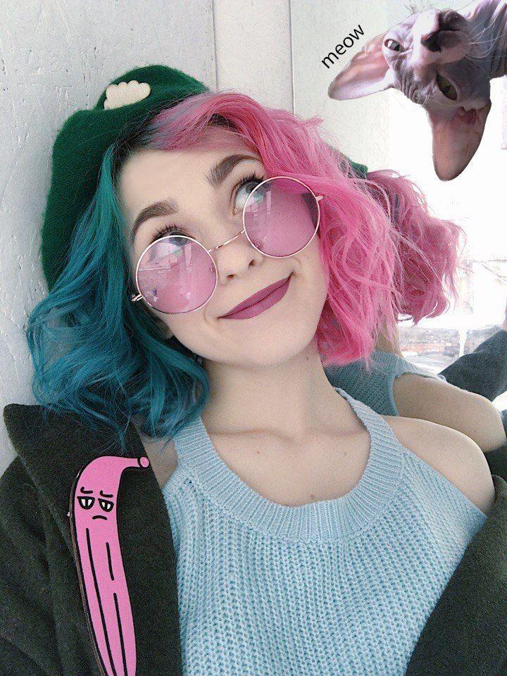 two tone hair | Hair Colour Inspiration | Pinterest