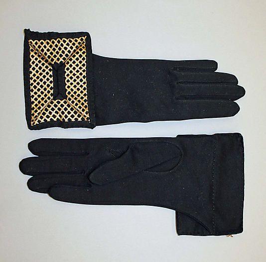 Gloves - Dawnelle Inc. latte 1950s