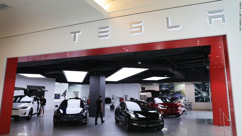 Terrifying But Fantastic New Tesla Feature Sparks Awe And Mayhem Tesla Tesla For Sale Tesla Shares
