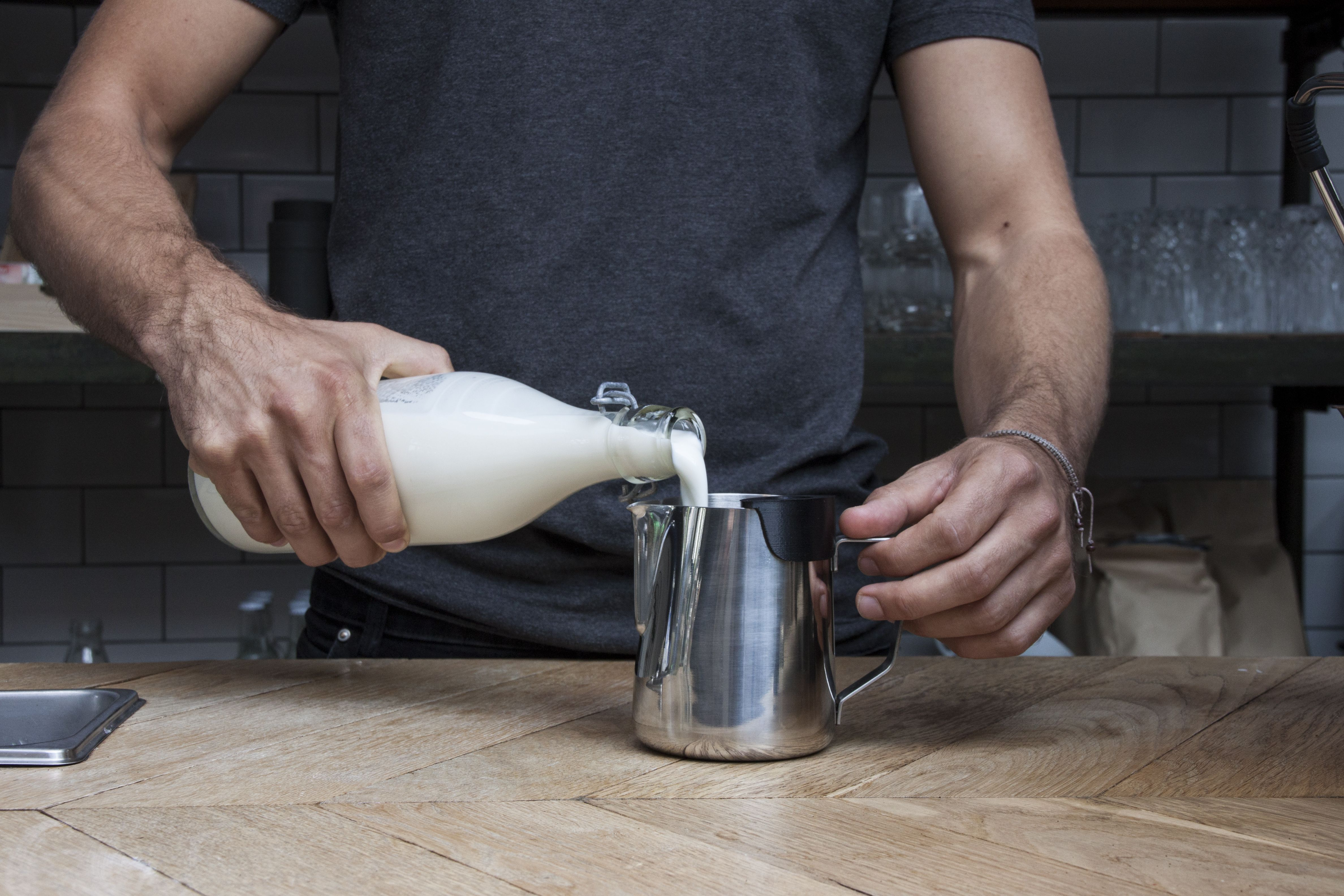 What is Foam Locus It is placed in the edge of the milk