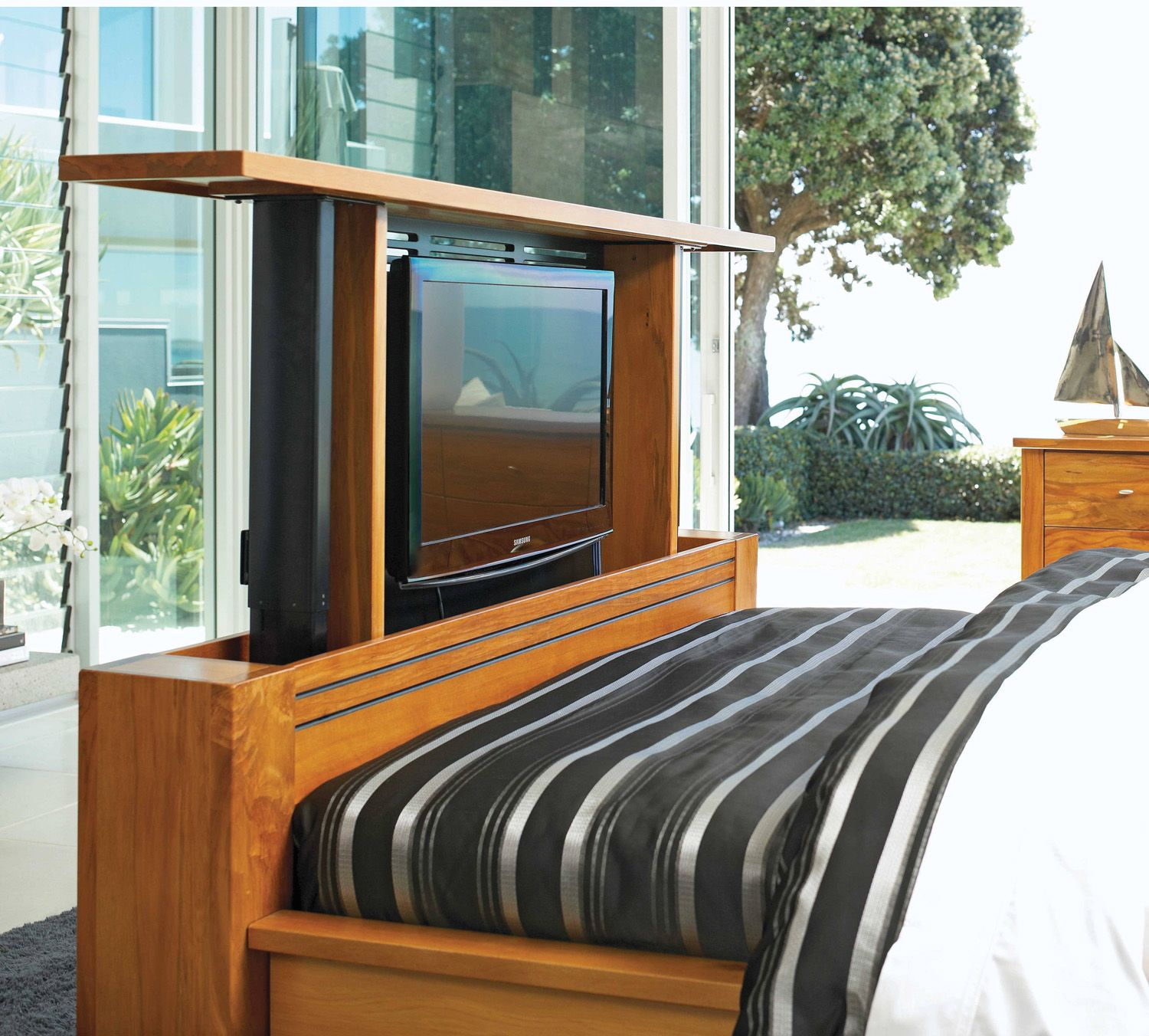 Harvey Norman Vision Rimu Queen TV Bed Frame by Ezirest