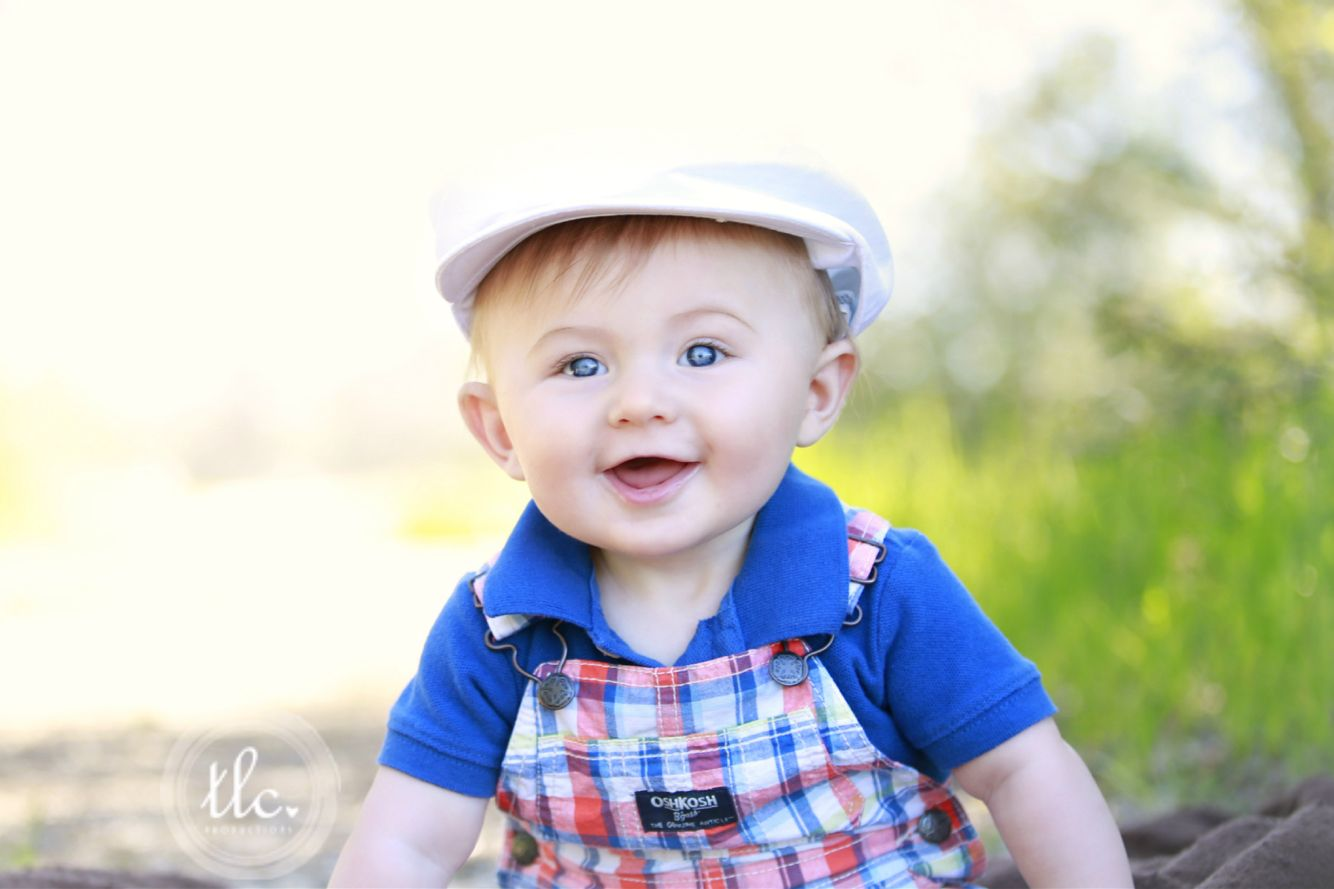 6 month old baby picture, baby boy picture, picture idea
