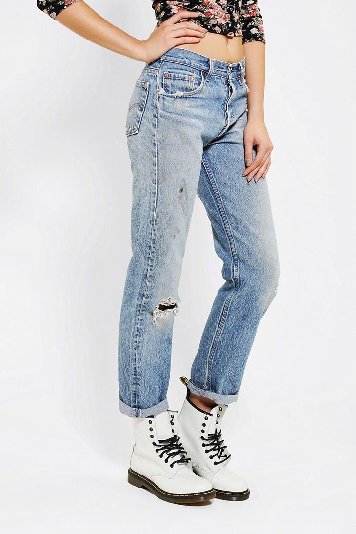 02ab23569a Urban Renewal Vintage Levi s 505   501 Jean - Urban Outfitters ...