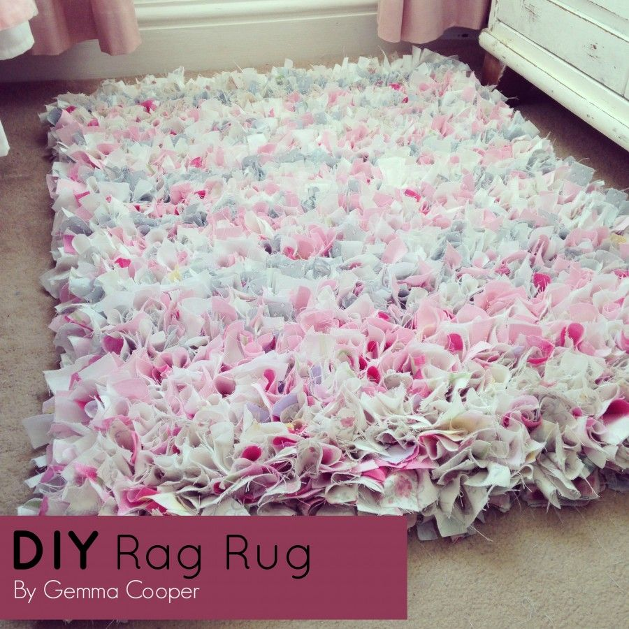 How To Make A DIY Rag Rug - Using Old Bedding