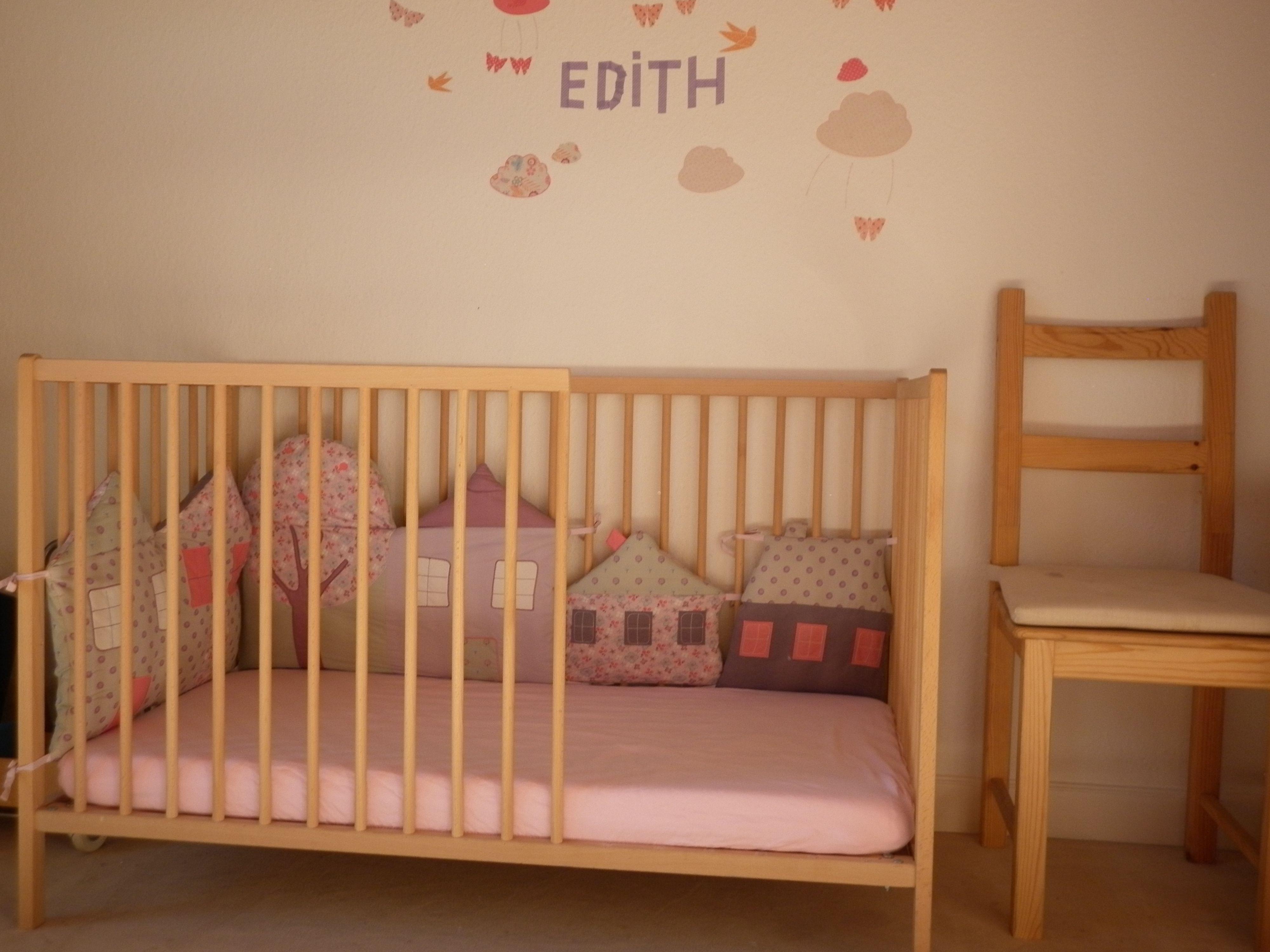 Diy Ikea Baby Bett Sniglar Schlichte Veranderung Mit Grosser Wirkung Ikea Babybett Babybett Neutrale Babyzimmer