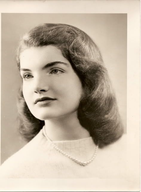 Jacqueline Bouvier aged 14