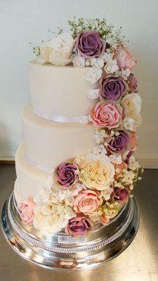 Hochzeitstorte Vintage Blumen Renates Torten Design Hochzeitstorten