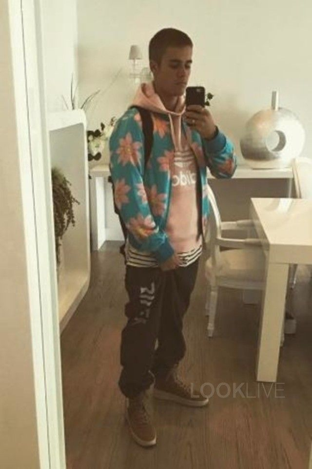 aa4a8fa28f8d2a Justin Bieber wearing Adidas Originals Trefoil Logo Hoodie In Pink
