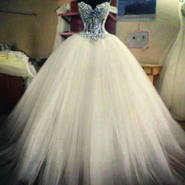 Cheap Ball Gown Wedding Dresses Bridal Gowns Spring Sexy Sweetheart Corset See Through Beaded Pearls Sequins Hot Selling As Low