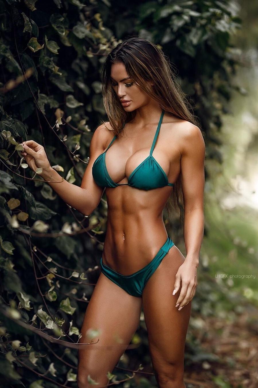 фитнес девушка модель работа для девушек