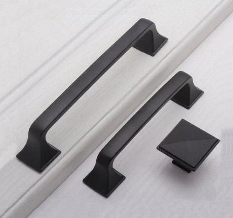 White Large Dresser Handles Knobs Drawer Pulls Handles Modern Fashion Kitchen Cabinet Handles Pulls Knob Furniture Hardware Handle 192 224mm