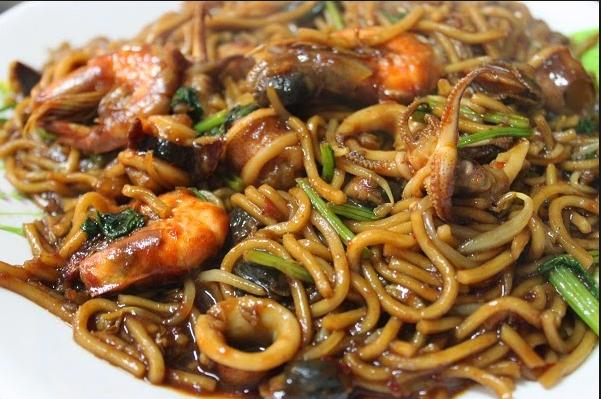 Resepi Mee Goreng Basah Paling Sedap Senang Nak Buat Kompom Menjadi Resepi Favourite Asian Fusion Recipes Asian Noodle Recipes Malaysian Cuisine