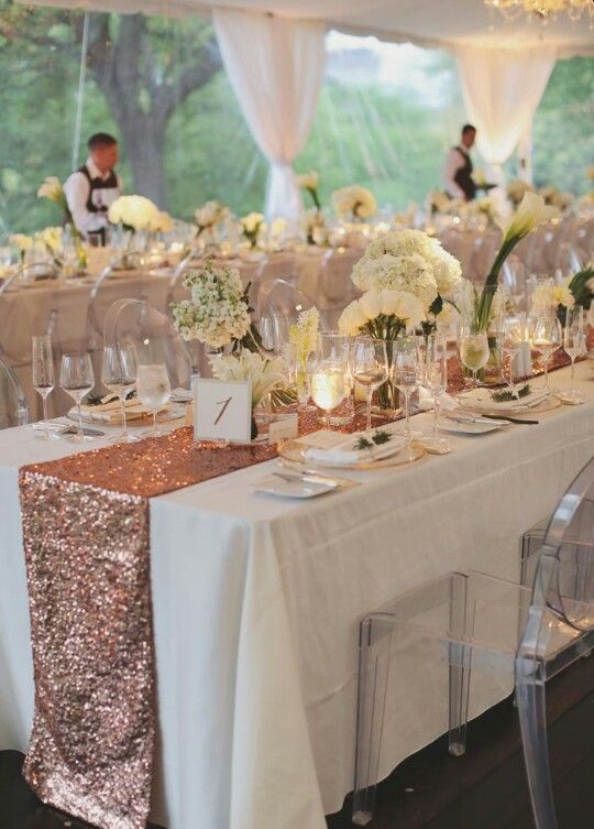 Tables of rose gold