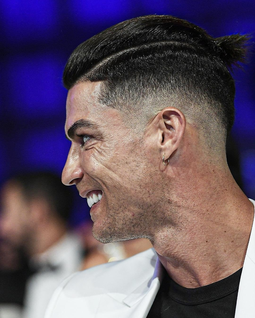 Ronaldo's New Hairstyle 👌 👑 in 2020 Ronaldo new