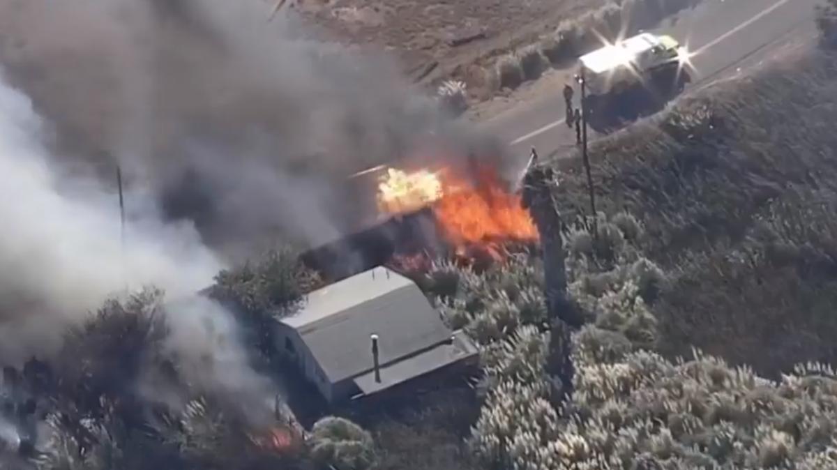 Crews Battle Grass Fire Near Suisun City California Oct 7 2018 Solano County Suisun City Solano