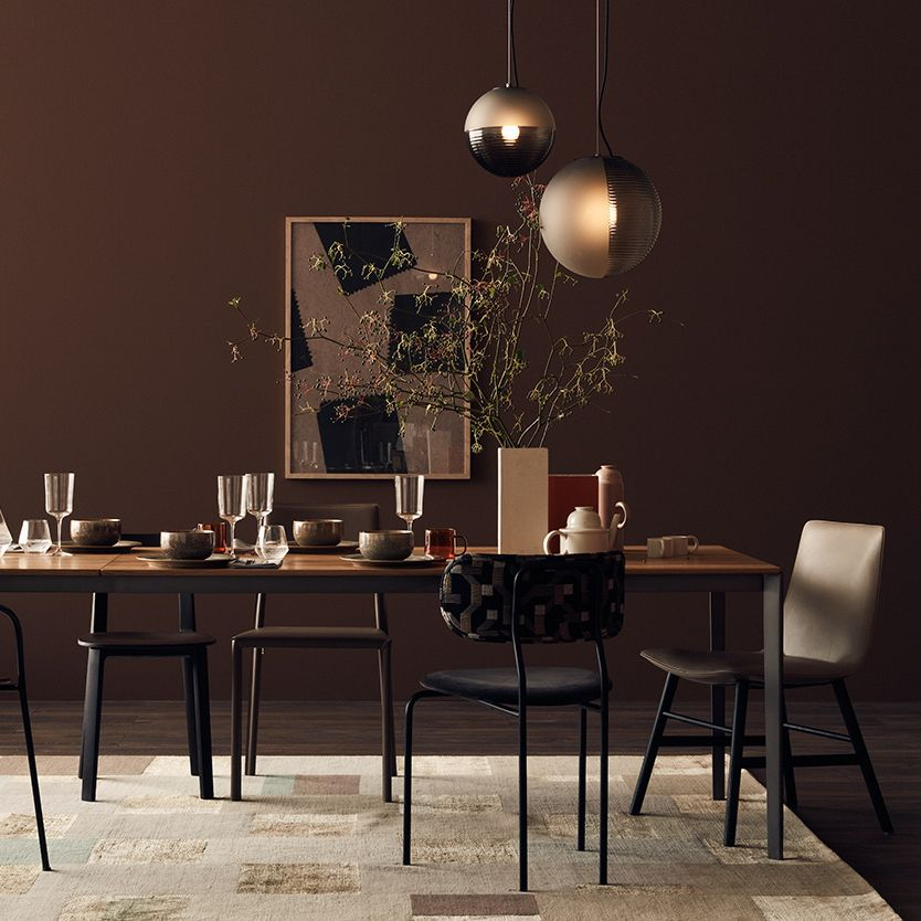 Mit Gedeckten Farben Einrichten Wandfarbe Braun Dunkle Wandfarbe Wandfarbe