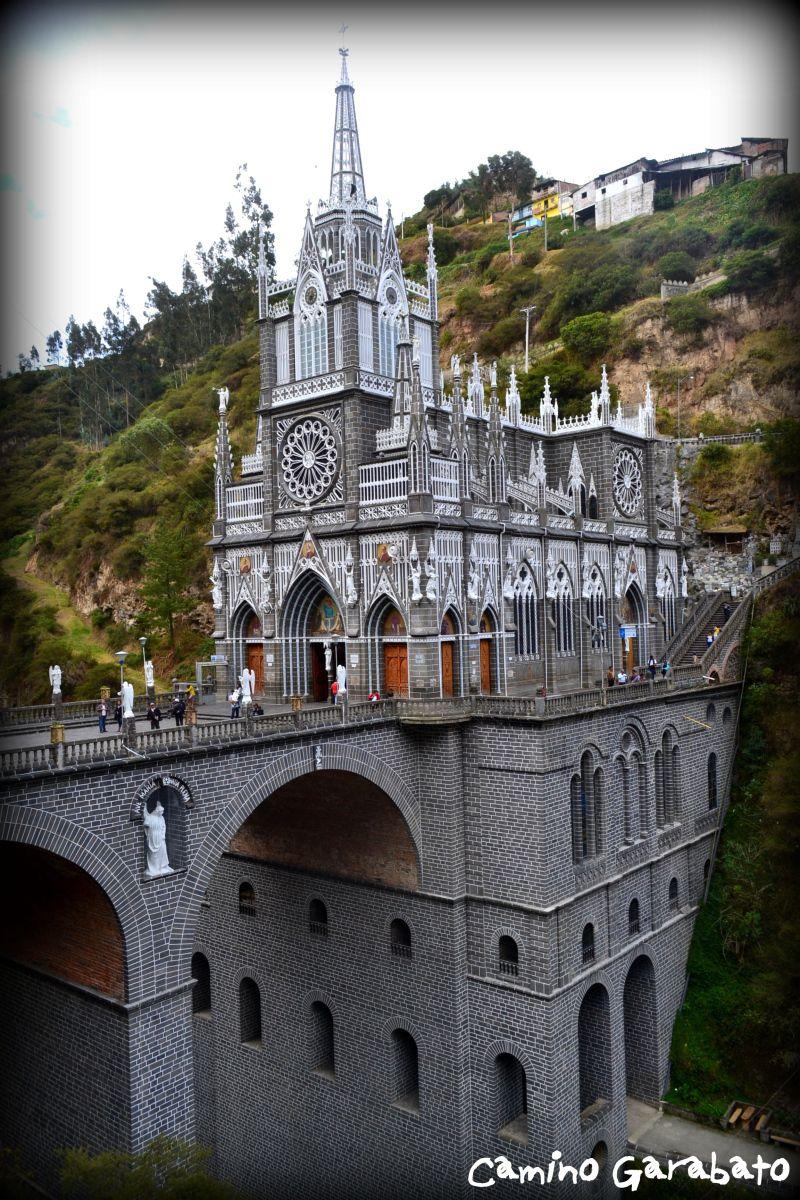 Santuario de la Vigen de las Lajas, Colombia