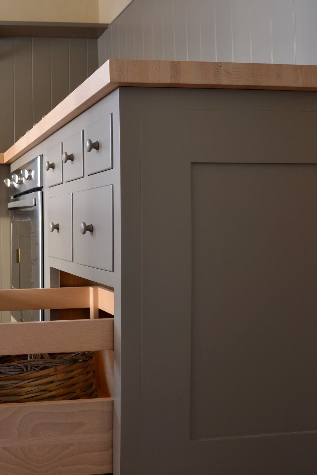 Pleasant hill shaker kitchen by homewood bespoke cucina - Cucine in stile ...