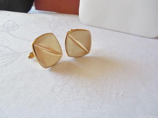 Vintage Square Goldtone Diagonal Lined Cufflinks F30